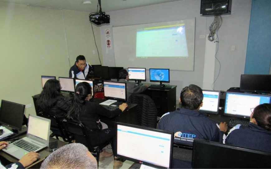 Capacitación docente en Plataforma Virtual